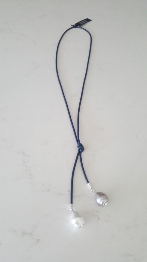 Picture of Bronwen Newport - White & Silver Spanish Pearl on Navy Leather